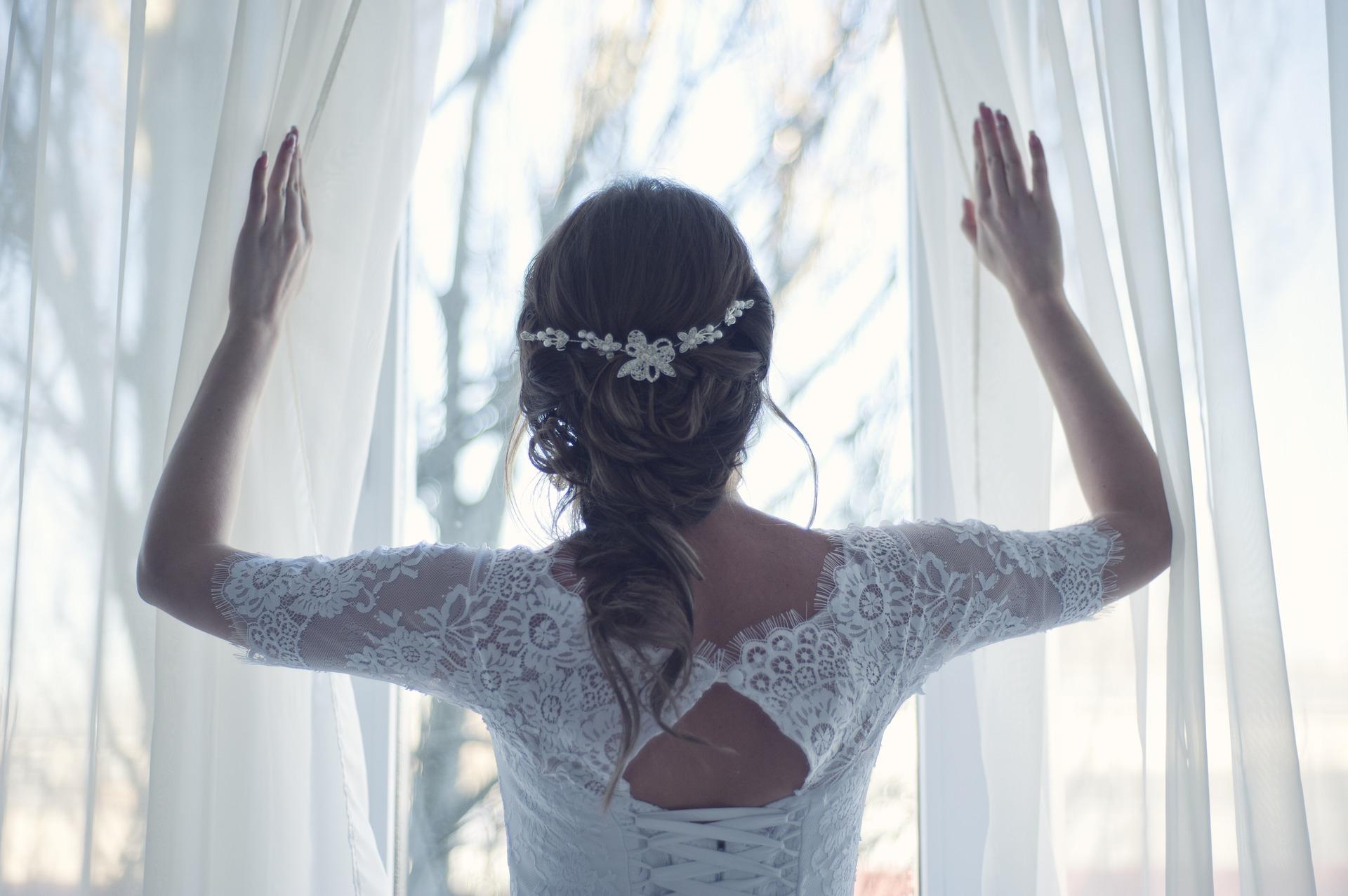 Le Spécialiste du nettoyage de la Robe de Mariée depuis 1981